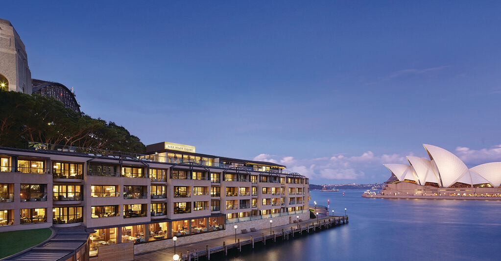 Top 12 Luxury Hotels in the World